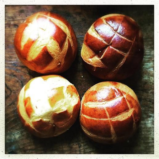 golden-brown-freshly-baked-bread-_27486259880_o