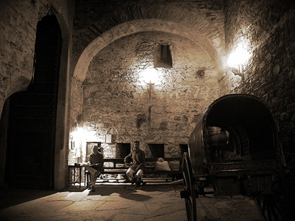 night-guards-at-neemrana