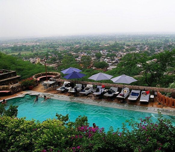 the-pool-at-neemrana