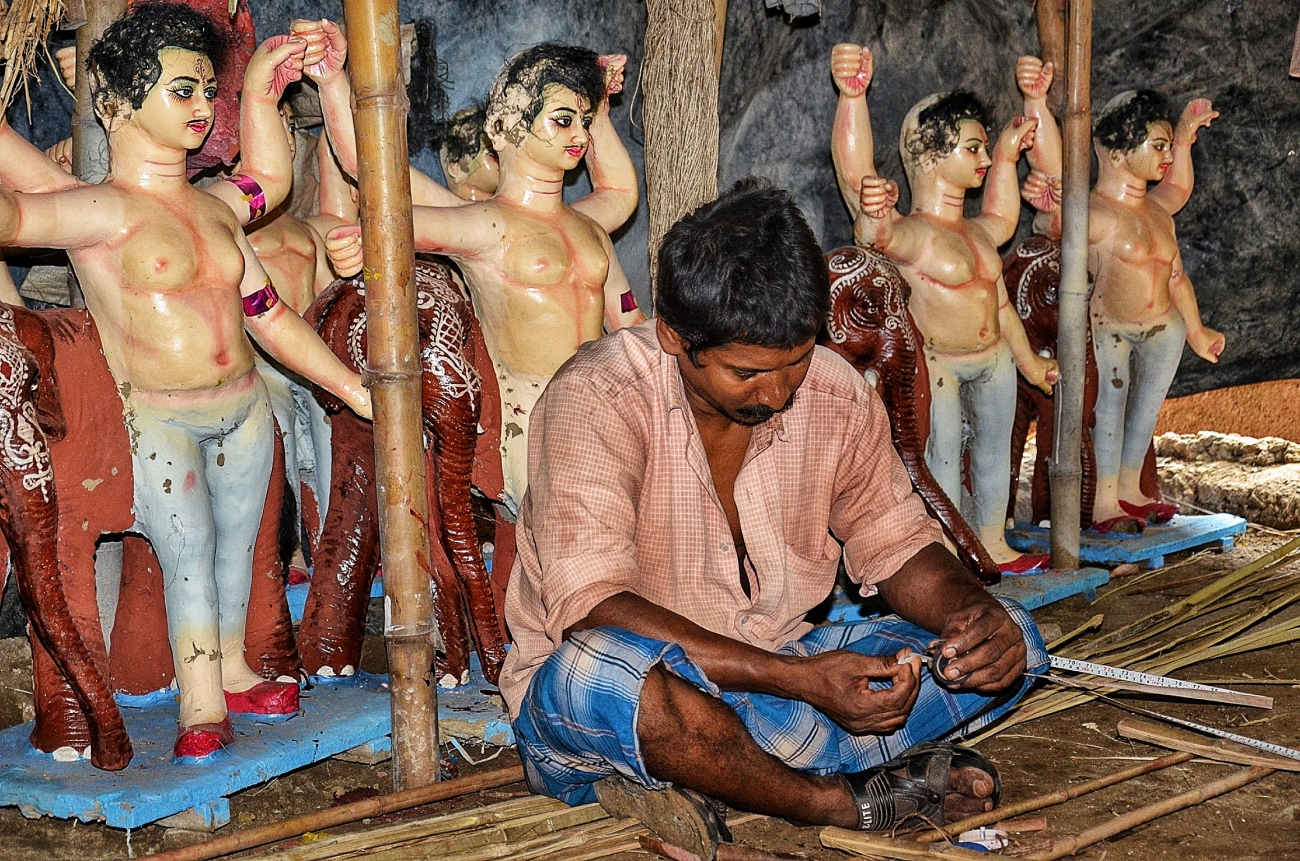 Measuring the idols