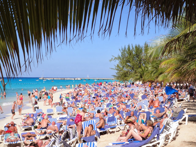 Beach Life & Margaritaville – A Relaxing Day in Grand Turk