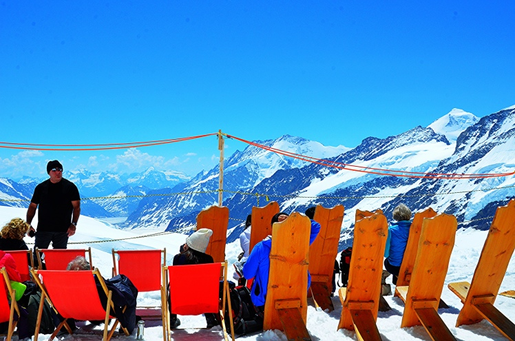 out-in-the-sun-at-jungfraujoch