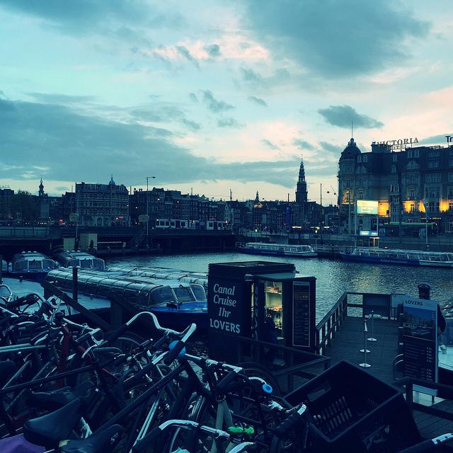 boat-tours-amsterdam