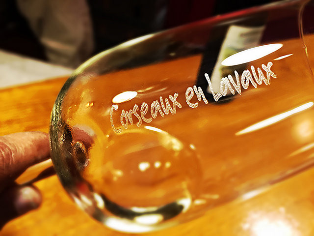 lavaux-wine-glass