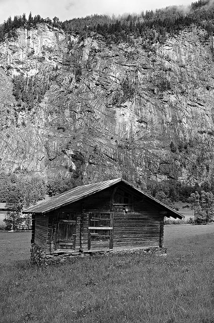 Wodden Huts in Lauterbrunnen