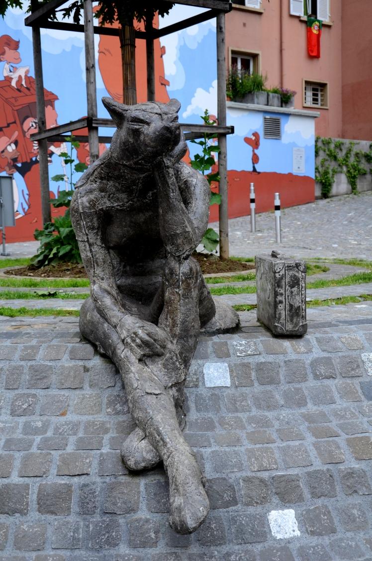Lausanne Street Figure