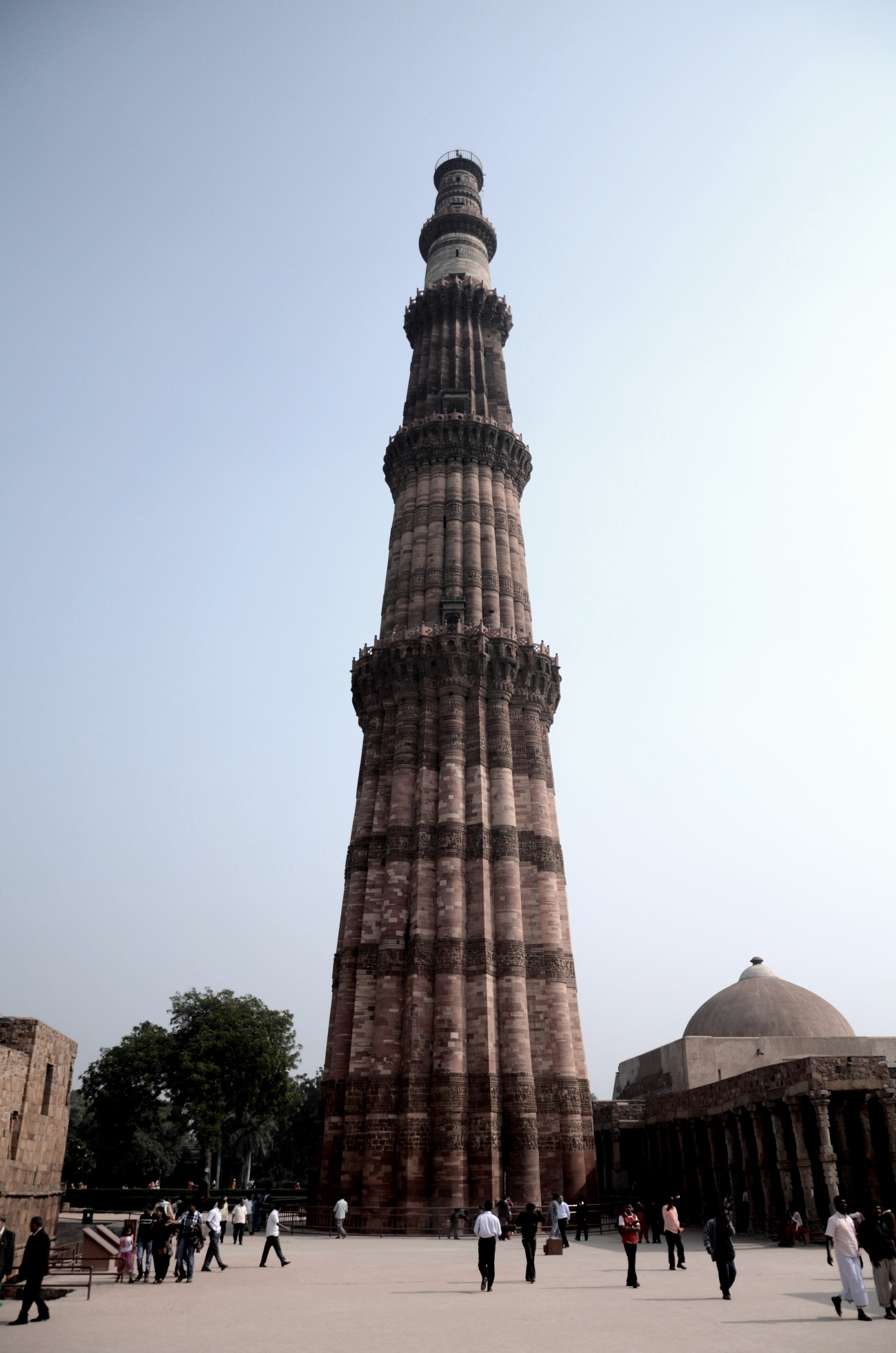 The qutub minar full view