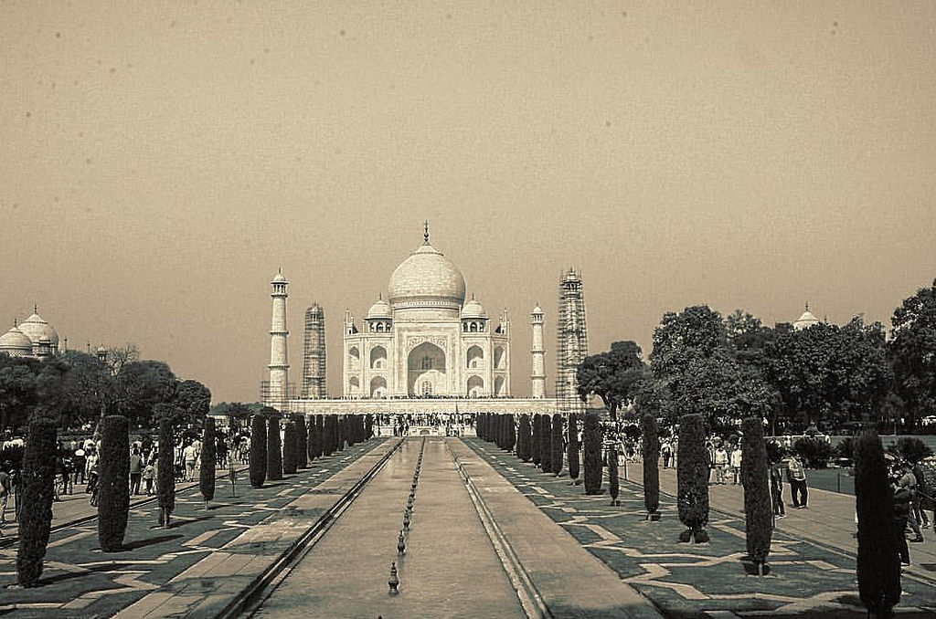 The Taj Mahal A Photo Essay