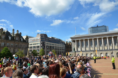 The Crowds at Victoria Square