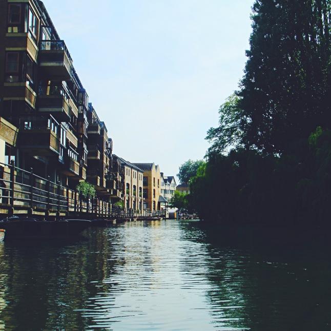 Cambridge - River Cam on punt