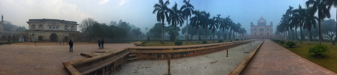 A Panoramic View of Safdarjung's Tomb