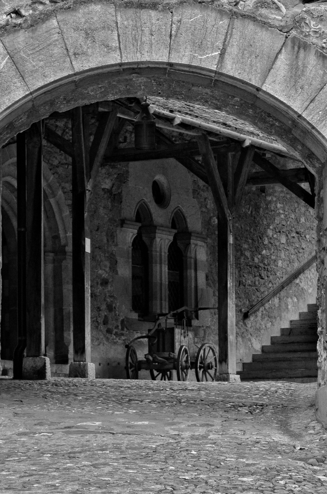 The Courtyard - Chateau de Chillon