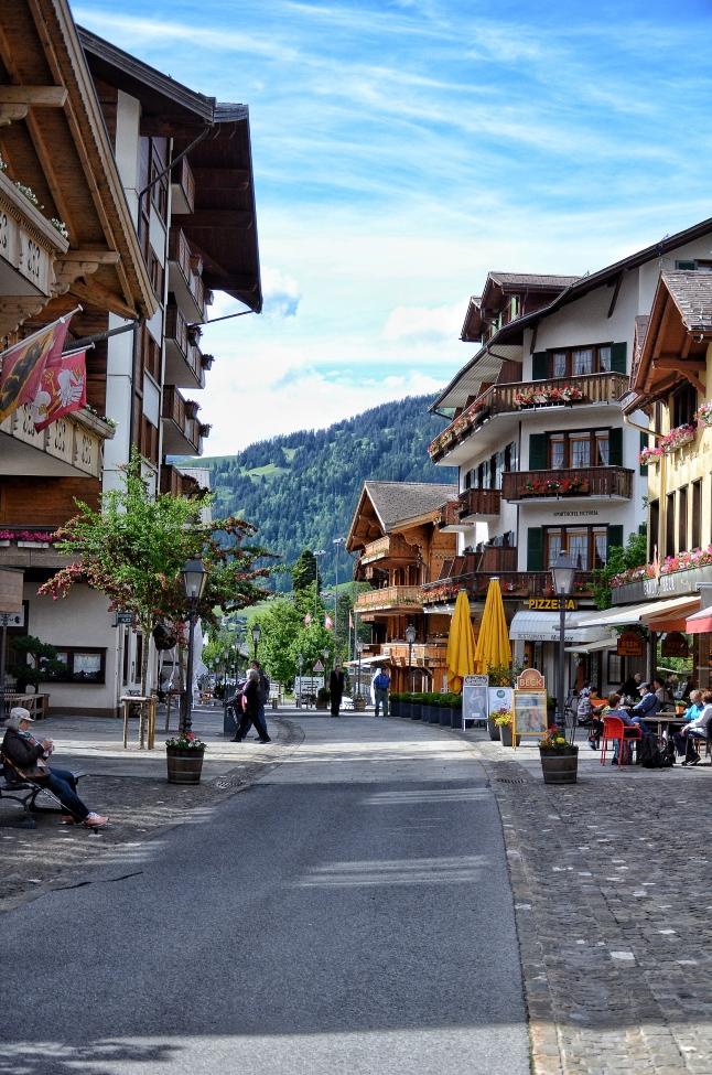 Empty Gstaad