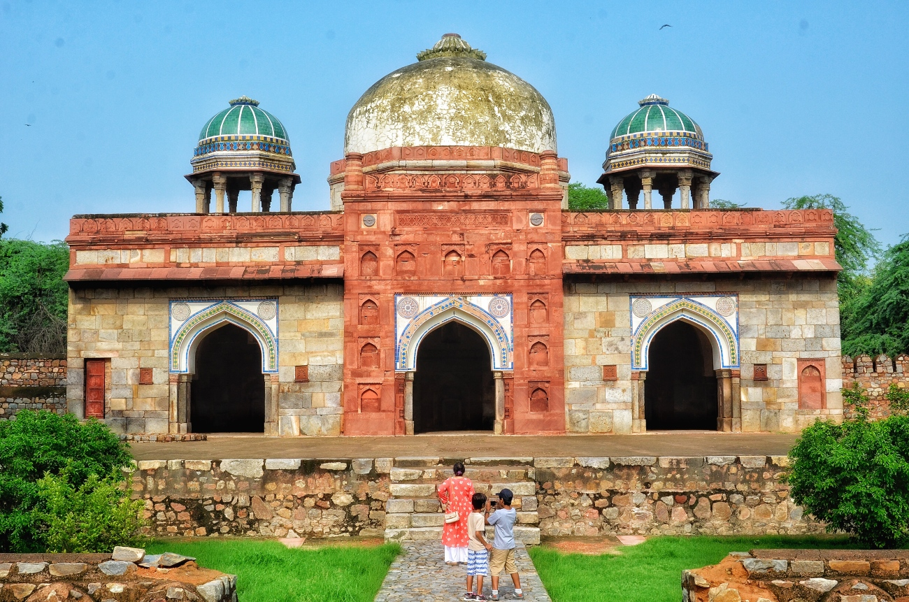 Isa Khan's Mosque - Situated near his tomb