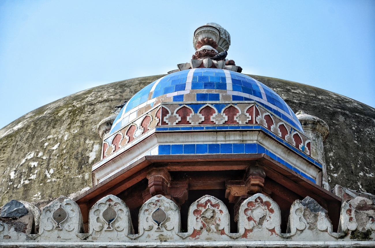 The Beautiful Blue Done atop Isa Khan's Tomb