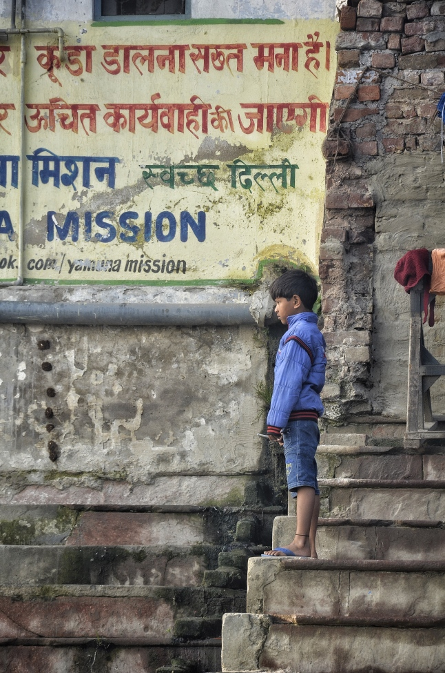 Mission to Keep the River Clean - Seems like everyone overlooks it - Yamuna Ghat