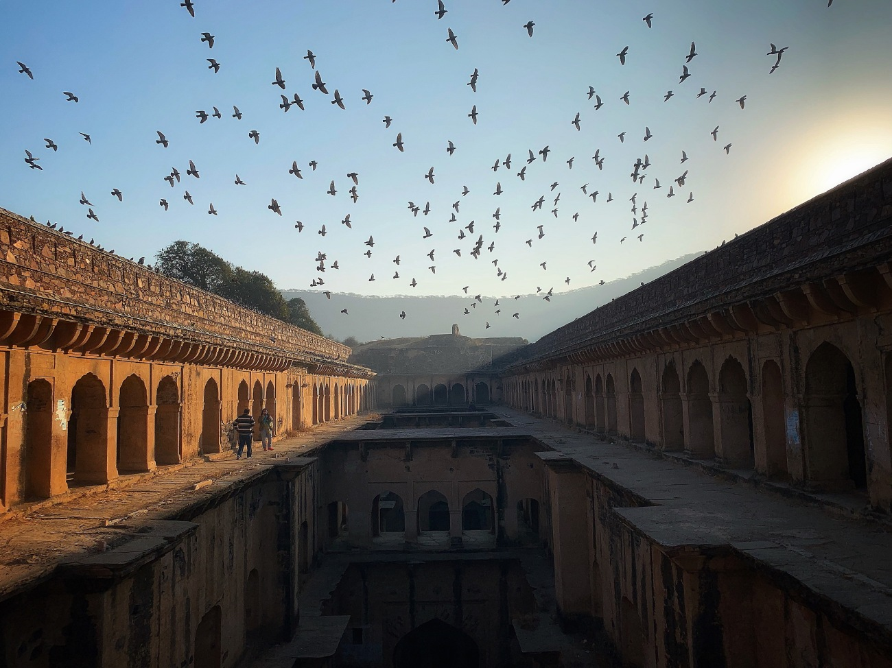 sunrise at the neemrana bawadi