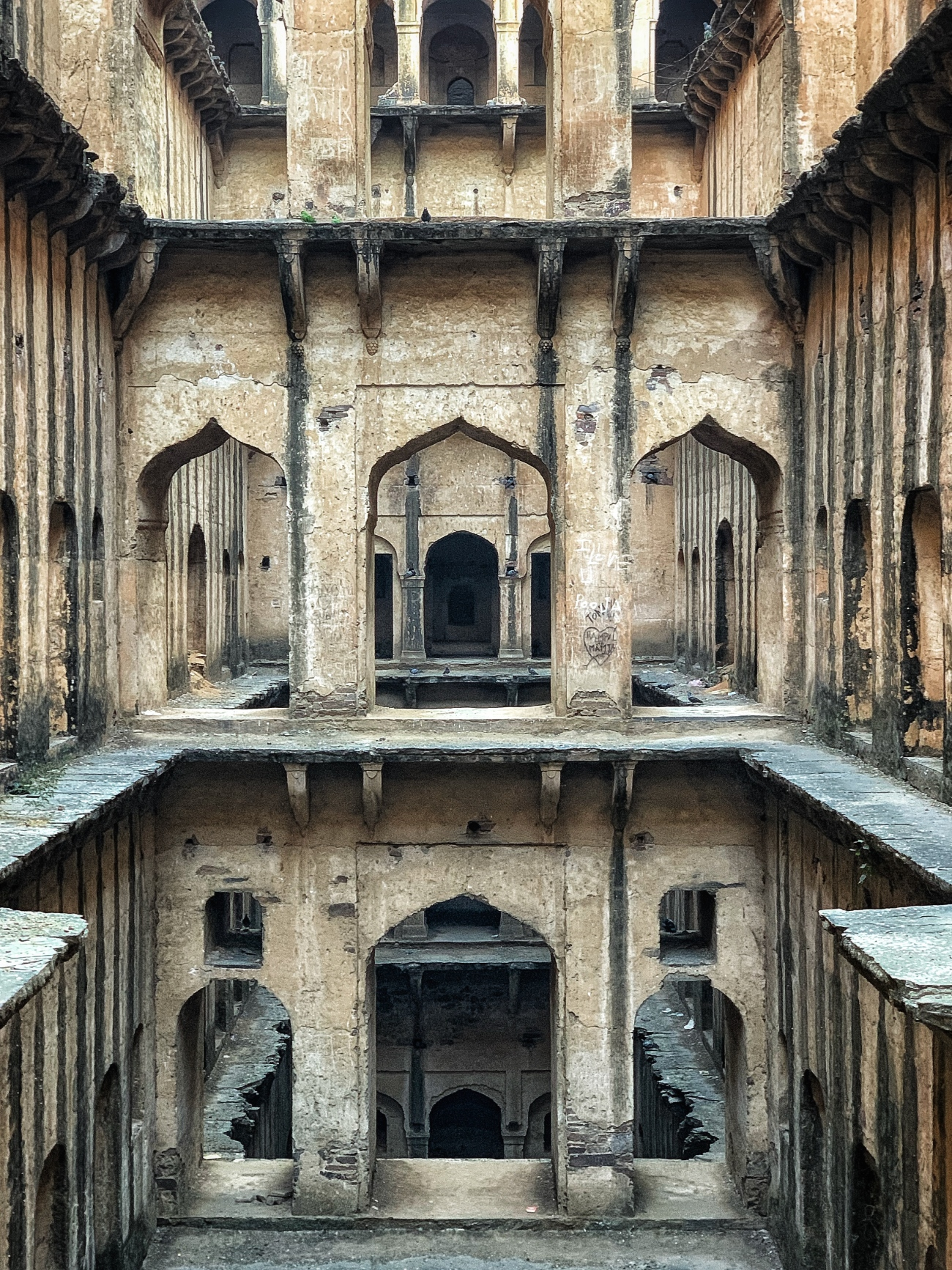 the many floors of neemrana stepwell