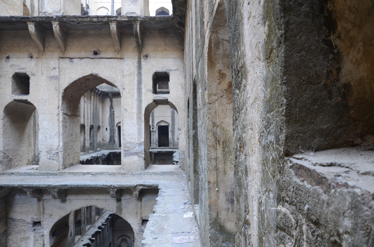 the stories these walls could tell - neemrana baori