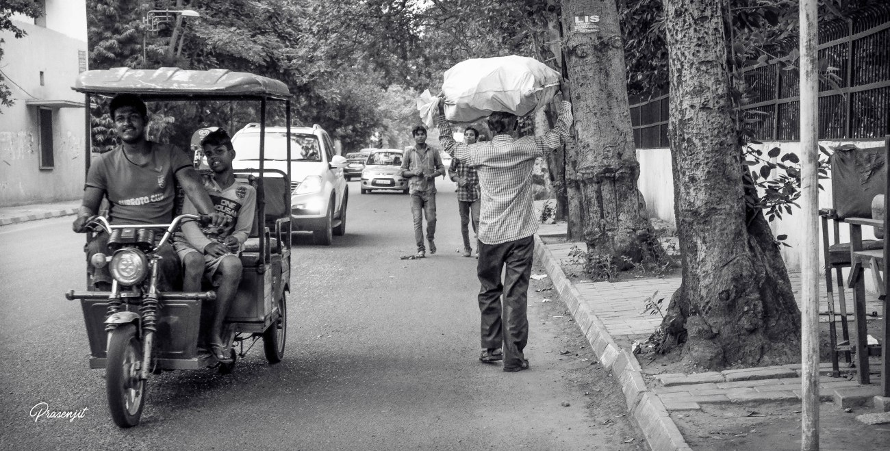 Street Photography in New Delhi by Prasenjit Bose