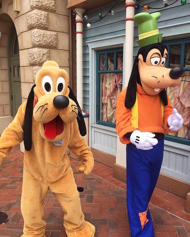 Goofy and Pluto at Shanghai Disneyland, China