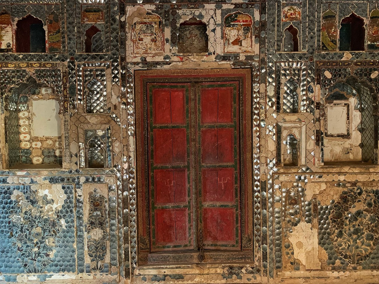 Sheesh Mahal - Qila Tatarpur