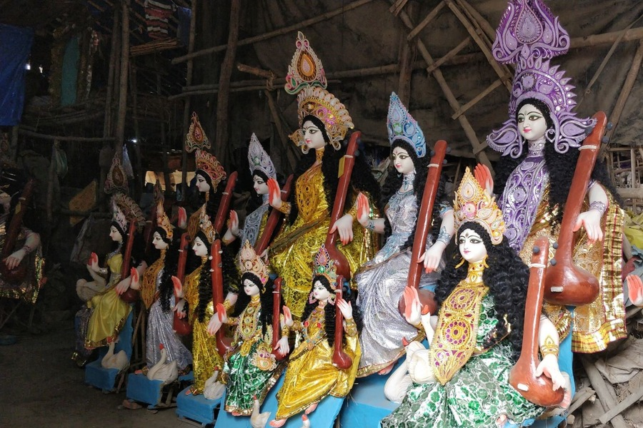 Duga idols at Kumortuli, Kolkata