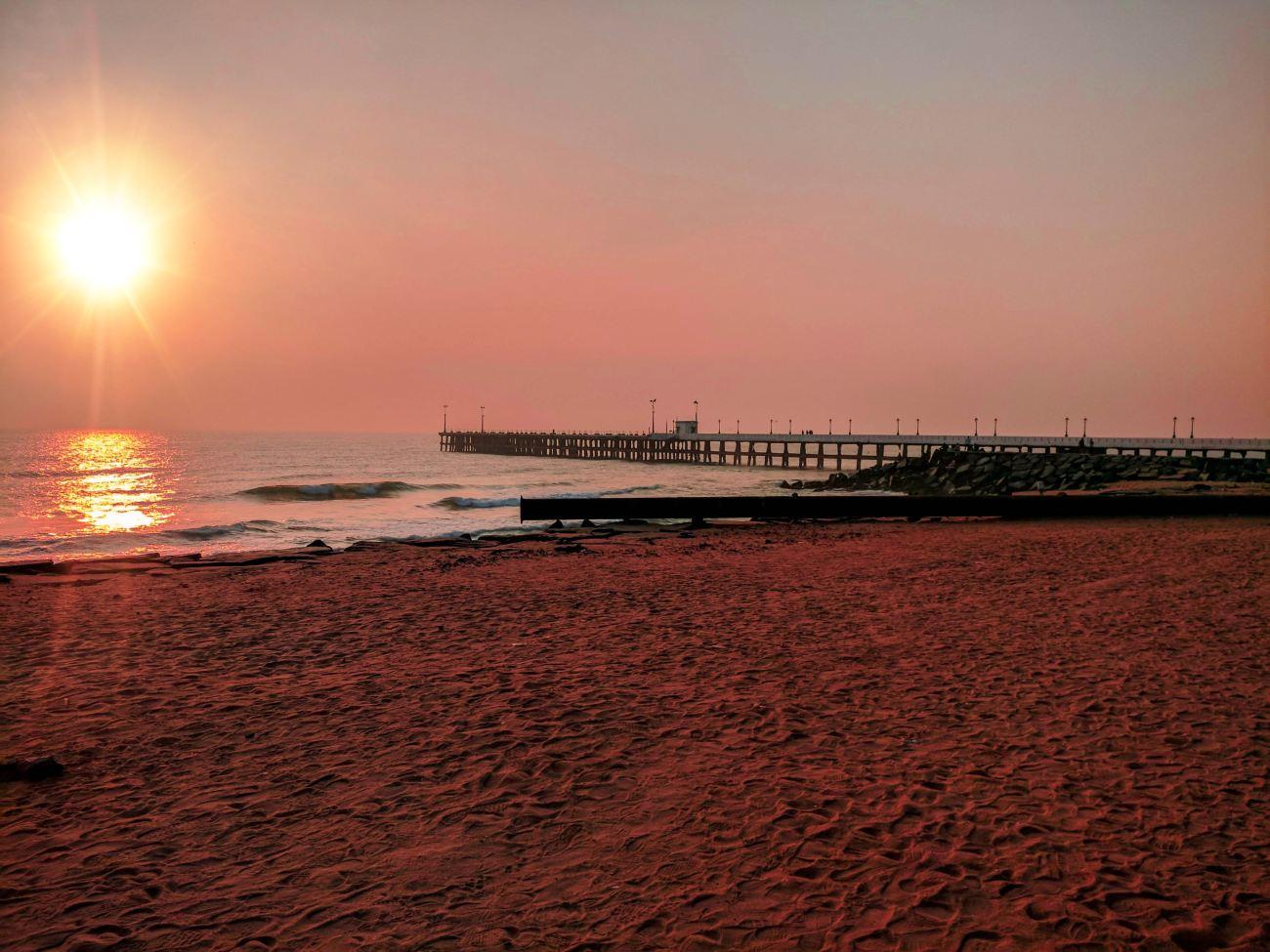 Pondicherry Beach.jpg