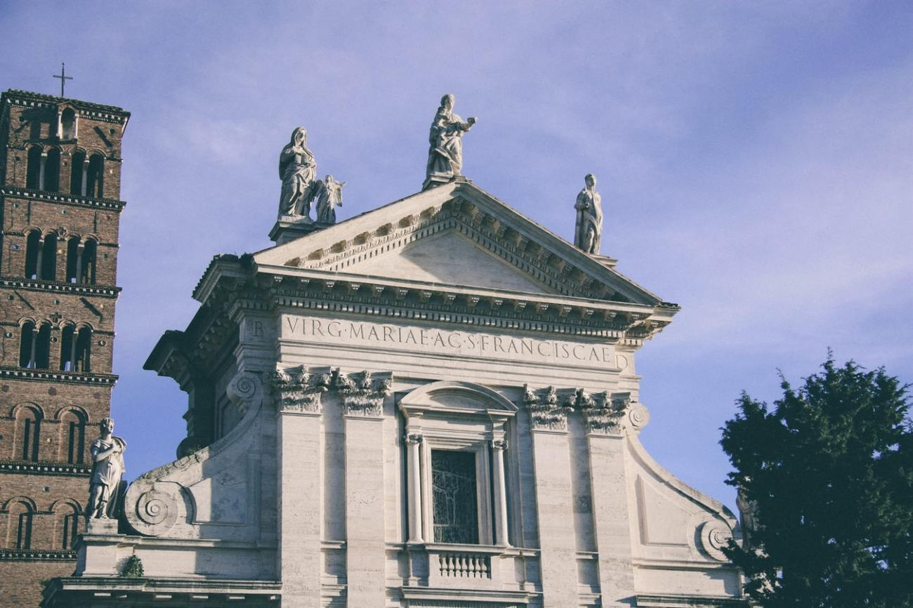 Santa Francesca Church in Rome, Italy.jpg