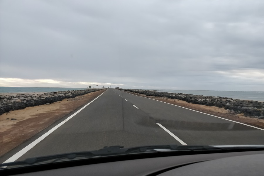 Road towards Arichal Munai