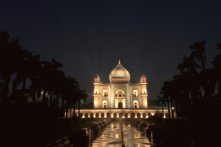 Safdarjung's Tomb at Night - Shimmering Lights