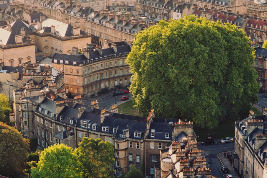 A Walking Tour of Bath – Discovering its Historic Treasures